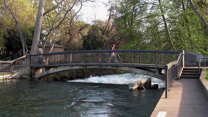bridge-and-bike